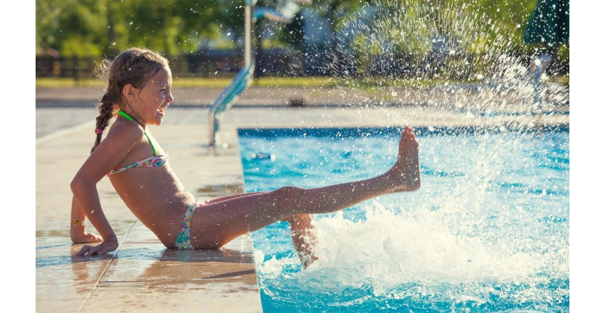 How To Cool Down Stay Safe At The Pool Victoria Er